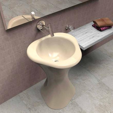 Design modern, chiuveta Twister din Italia