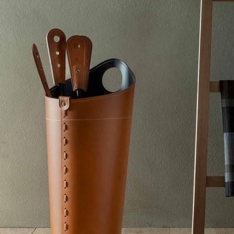 Accesorii pentru semineu cu suporturi din piele Nilar, design modern