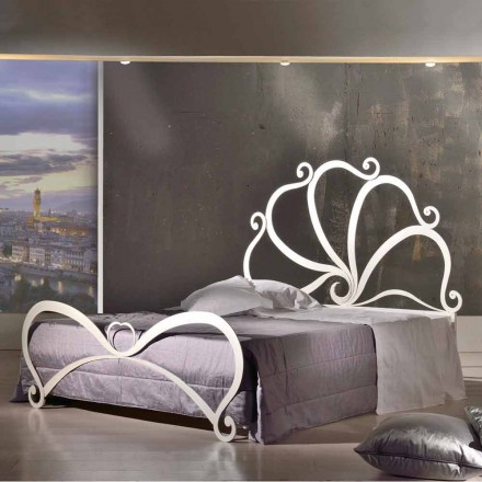 Design dublu de fier, cu decorațiuni din sticlă în Eden