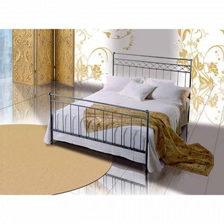 Un pat și jumătate pătrat de fier forjat Hefaistos