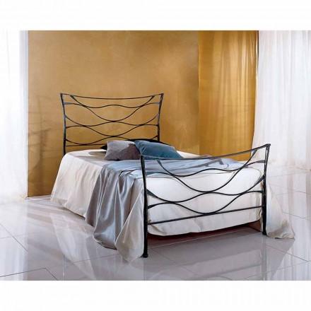 Un pat și jumătate pătrat de fier forjat Hydra