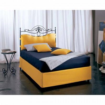 Un pat și jumătate pătrat de fier forjat Lira