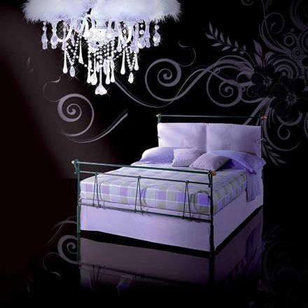 Un pat și jumătate pătrat de fier forjat Perseu