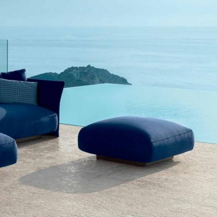 Cliff modernă în aer liber în tesatura de Talenti, proiectat de Palomba