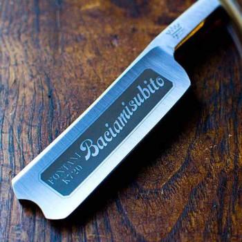 Aparat de ras pentru barbă cu mână liberă, din corn de bivol și oțel, fabricat în Italia - Mello