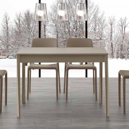 Masă extensibilă Empoli cu picioare din lemn masiv, design modern