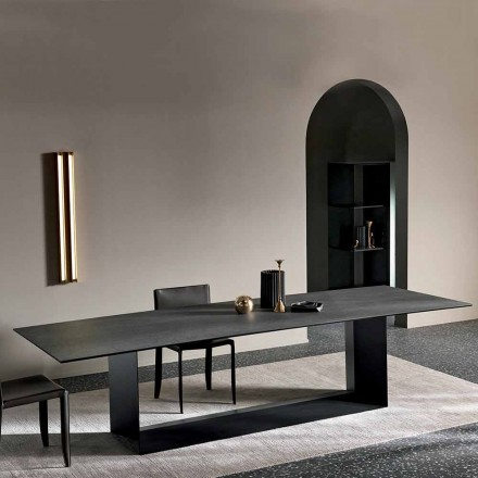 Masă de luat masa din ceramică antracit Savoy Stone fabricată în Italia - maro închis