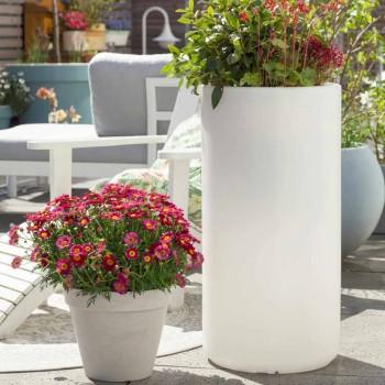 Vaza cu iluminat de grădină sau design modern colorat în cameră de zi - Cilindrostar